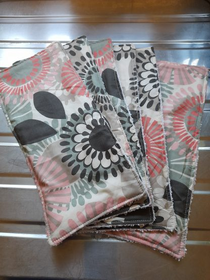 Kitchen towel black and red